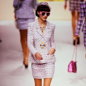 Iconic Chanel Vintage Spring 1995 Pink 95P Suit